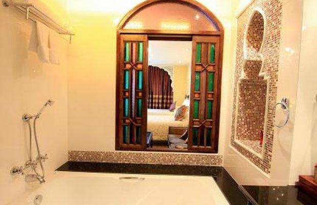 фото Sheik Istana Hotel 27670398