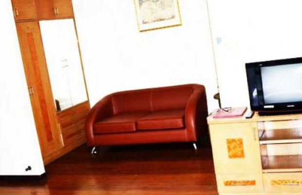 фото Aiya Residence & Sport Club BTS Budget Hotel 27685550