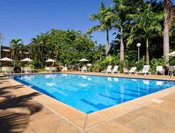 Limeira hotels with restaurants