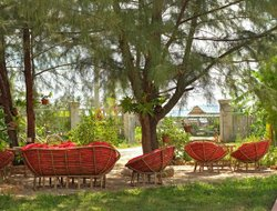 Kampot hotels with swimming pool