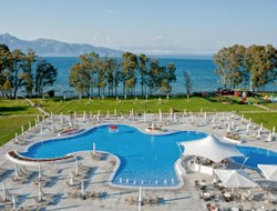 Corfu town hotels with restaurants