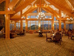 Lake Placid hotels with swimming pool