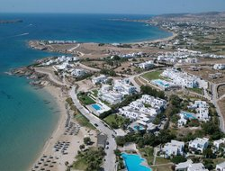 Golden Beach hotels with swimming pool