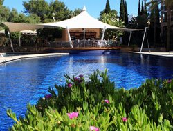Santa Eularia des Riu hotels with restaurants