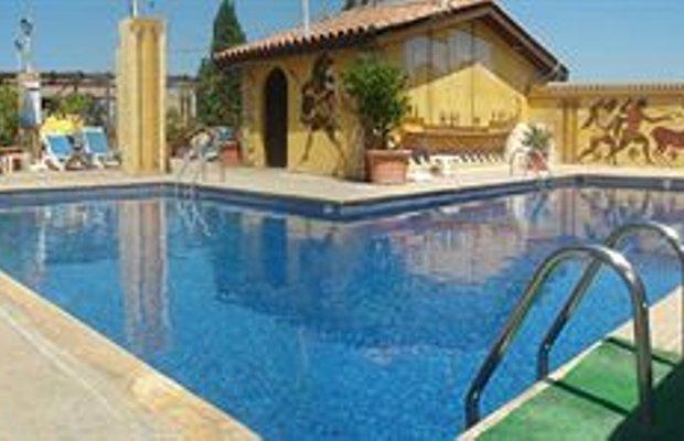 фото Roman II Hotel Pafos 373054631