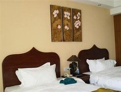 Xishuangbanna hotels with swimming pool