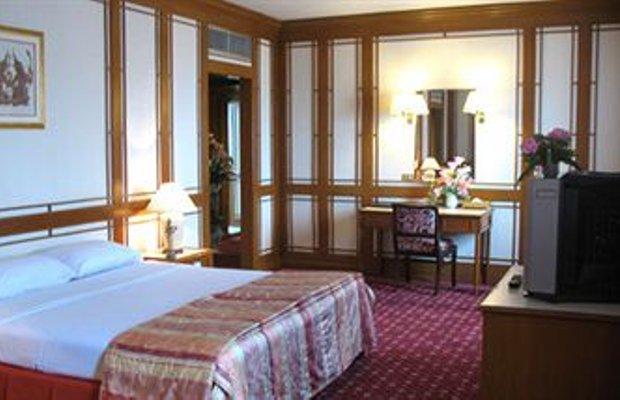 фото Diamond Plaza Hotel 374463030