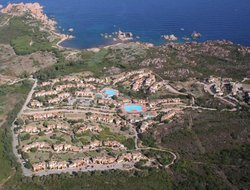Isola Rossa hotels with swimming pool