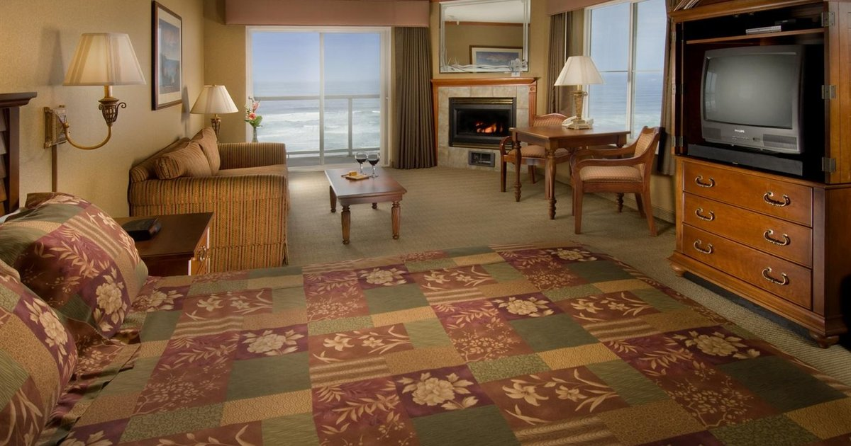 Elizabeth Oceanfront Suites, an Ascend Hotel Collection Member