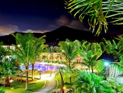Balneario Camboriu hotels with restaurants