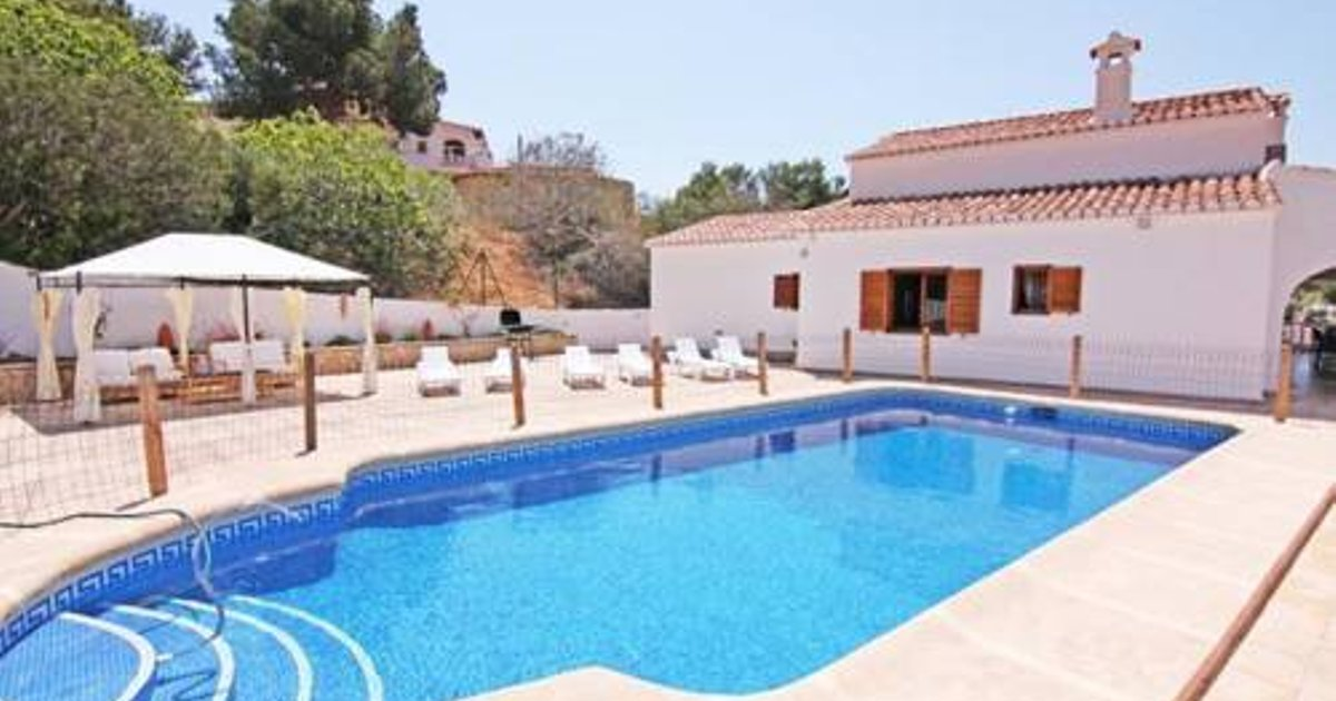 Apartment with pool, near the beach in Moraira
