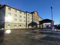 Drayton Valley hotels with swimming pool