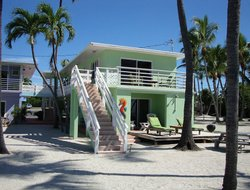 Top-4 hotels in the center of Islamorada