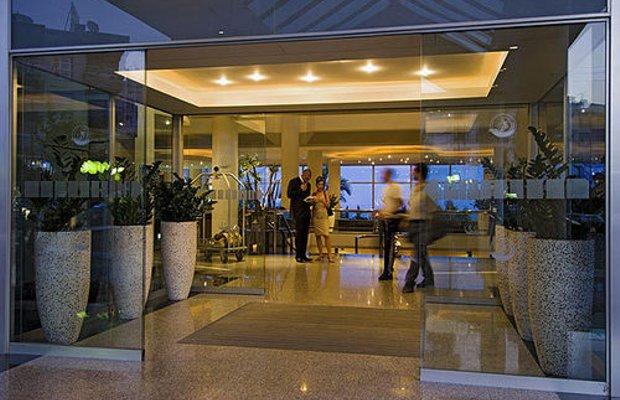 фото THE MEDITERRANEAN BEACH HOTEL L 414046172