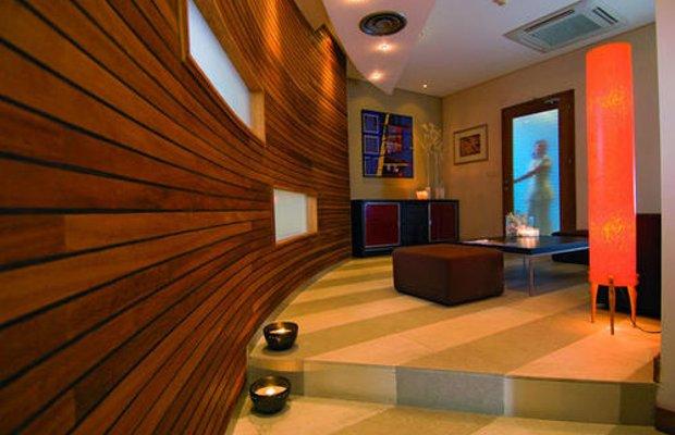 фото THE MEDITERRANEAN BEACH HOTEL L 414046173