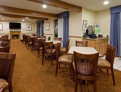 Millville hotels for families with children