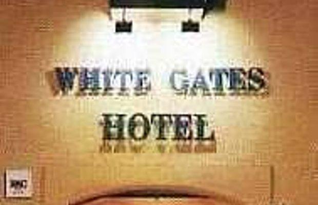 фото White Gates Hotel 414351242
