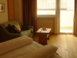 Pets-friendly hotels in Plaus