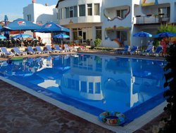 Vama Veche hotels with swimming pool