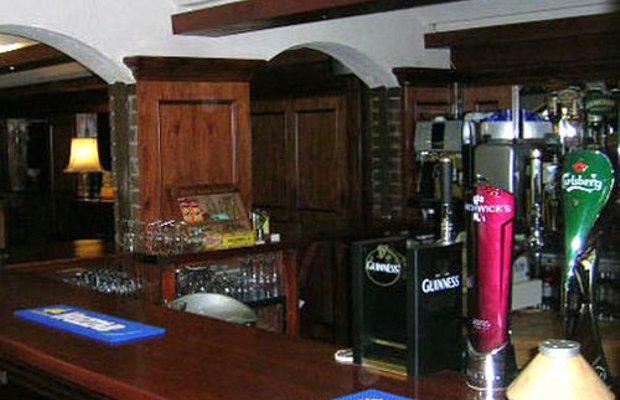 фото Cedar Lodge Hotel & Restaurant 415452375
