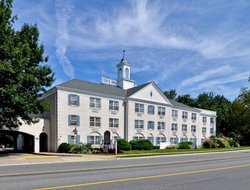 Morristown hotels with restaurants