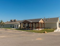 Cotulla hotels with restaurants