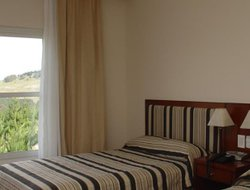 Tandil hotels with restaurants