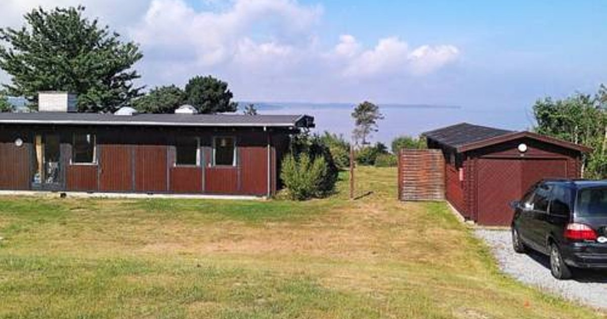 Three-Bedroom Holiday home in Olsted