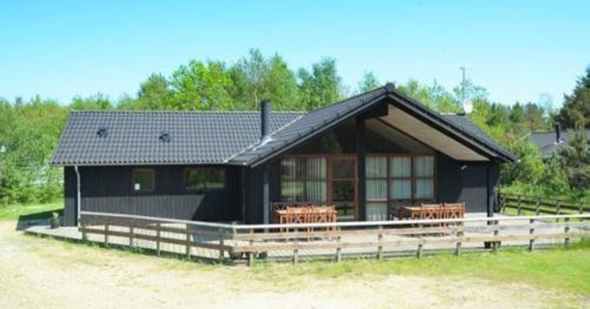 Four-Bedroom Holiday home in Oksbøl 13