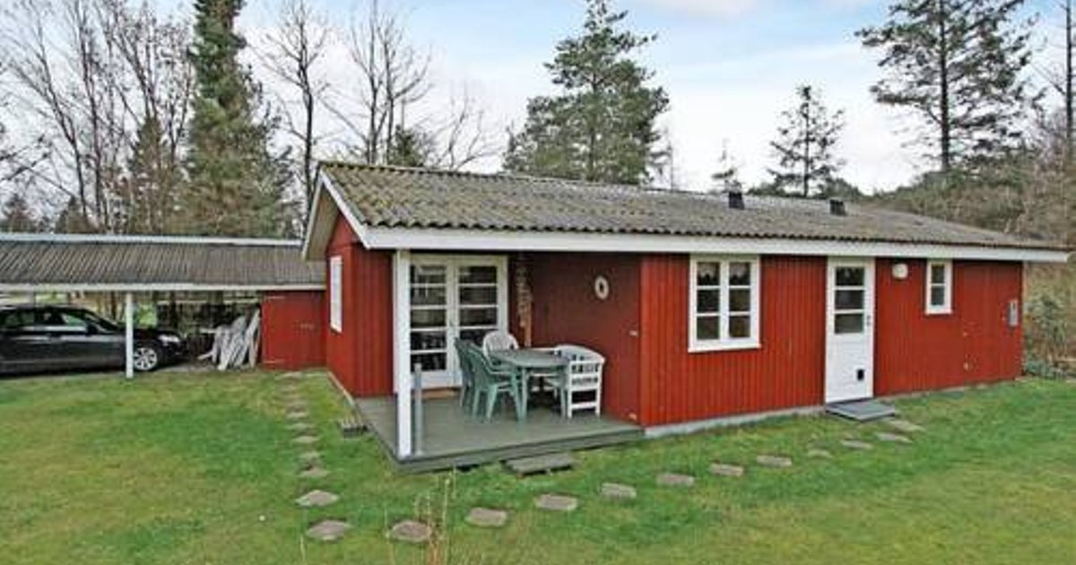Two-Bedroom Holiday home in Væggerløse 39
