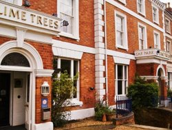 Pets-friendly hotels in Northampton
