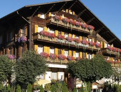 Saanen hotels with restaurants