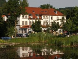 Beilngries hotels with restaurants