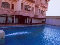 Bikaner hotels with swimming pool
