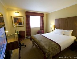 Top-5 hotels in the center of Bracknell