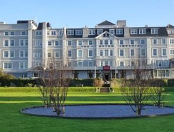 Top-3 hotels in the center of HYTHE