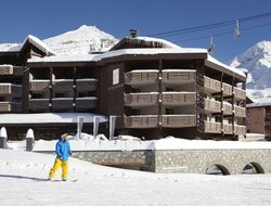 Val Thorens hotels with restaurants