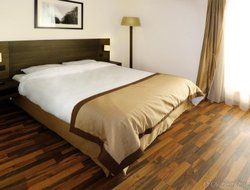 Pets-friendly hotels in Asnieres