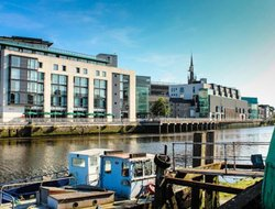 Drogheda hotels with restaurants