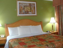 Pets-friendly hotels in Grandville