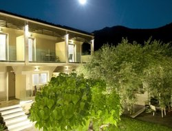 Skala Pakhoniou hotels with swimming pool