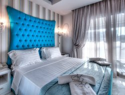 Pefkohori hotels with sea view