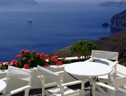 Santorini Island hotels for families with children