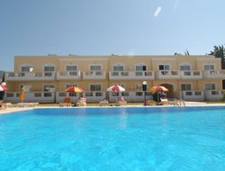 Top-3 hotels in the center of Psalidi Beach
