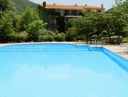 Xanthi hotels with swimming pool