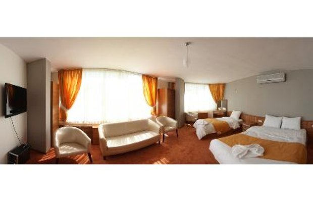 фото The Luxx Hotel 456701490