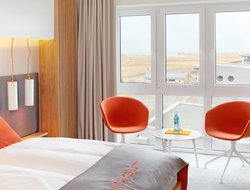 St. Peter-Ording hotels with swimming pool