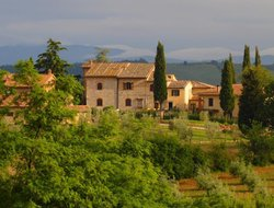 San Gimignano hotels with restaurants