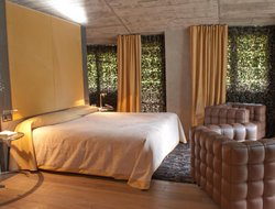 Top-10 romantic Andorra hotels