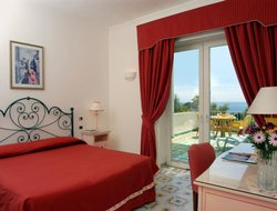 Top-10 romantic Capri Village hotels